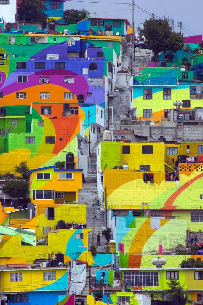 Artistas de rua pintam um arco-íris para unir uma comunidade carente no México stylo urbano