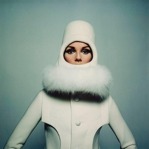 O estilista francês Andre Courrèges foi o percussor da moda futurista dos anos 60 stylo urbano-3