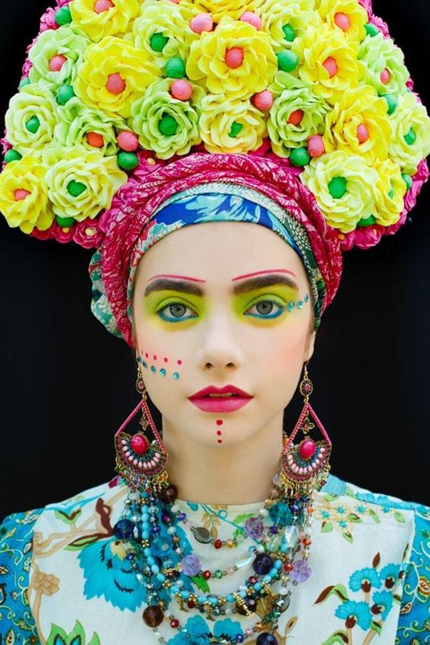 Artistas recriam coroas de flores tradicionais da polônia com um toque moderno stylo urbano-2
