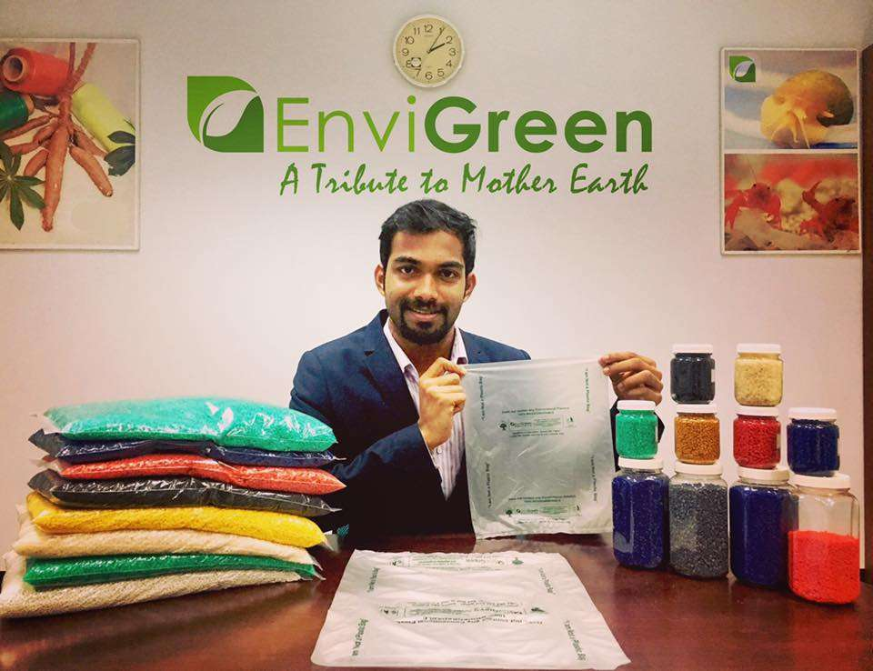 EviGreen - Sacolas plásticas 100% orgânicas que podem biodegradar e virar ração animal stylo urbano