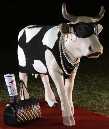 """Bovinos, os """"animais sagrados"""" da indústria da moda sustentável stylo urbano-1"""